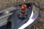 Как заменить лампы поворотника